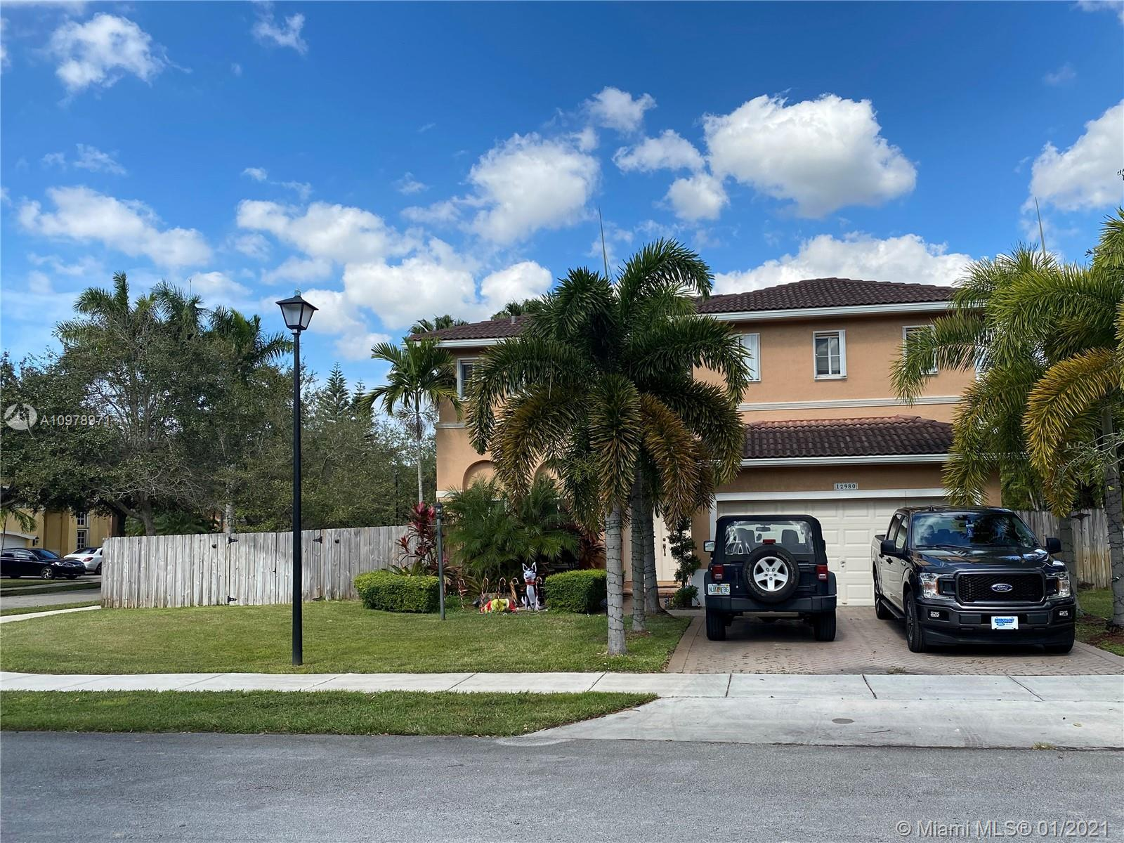 12980 SW 142nd Ter photo01