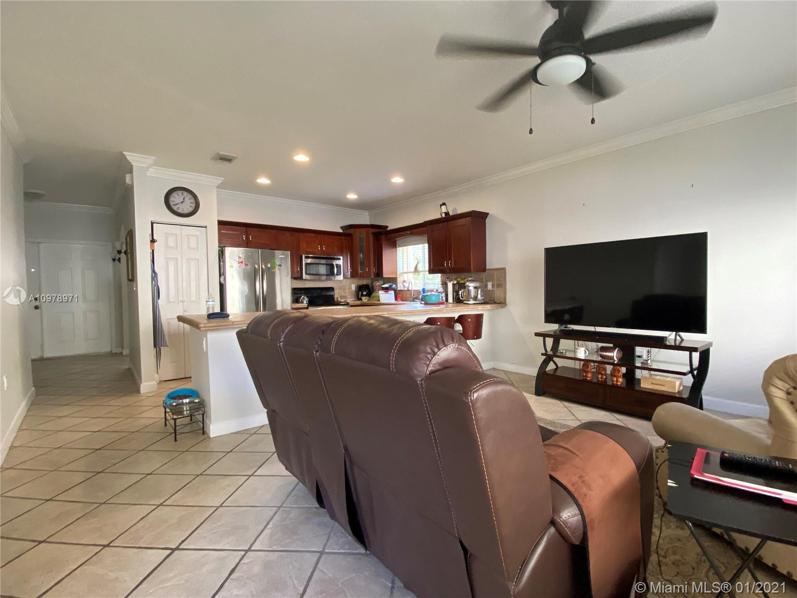 12980 SW 142nd Ter photo04
