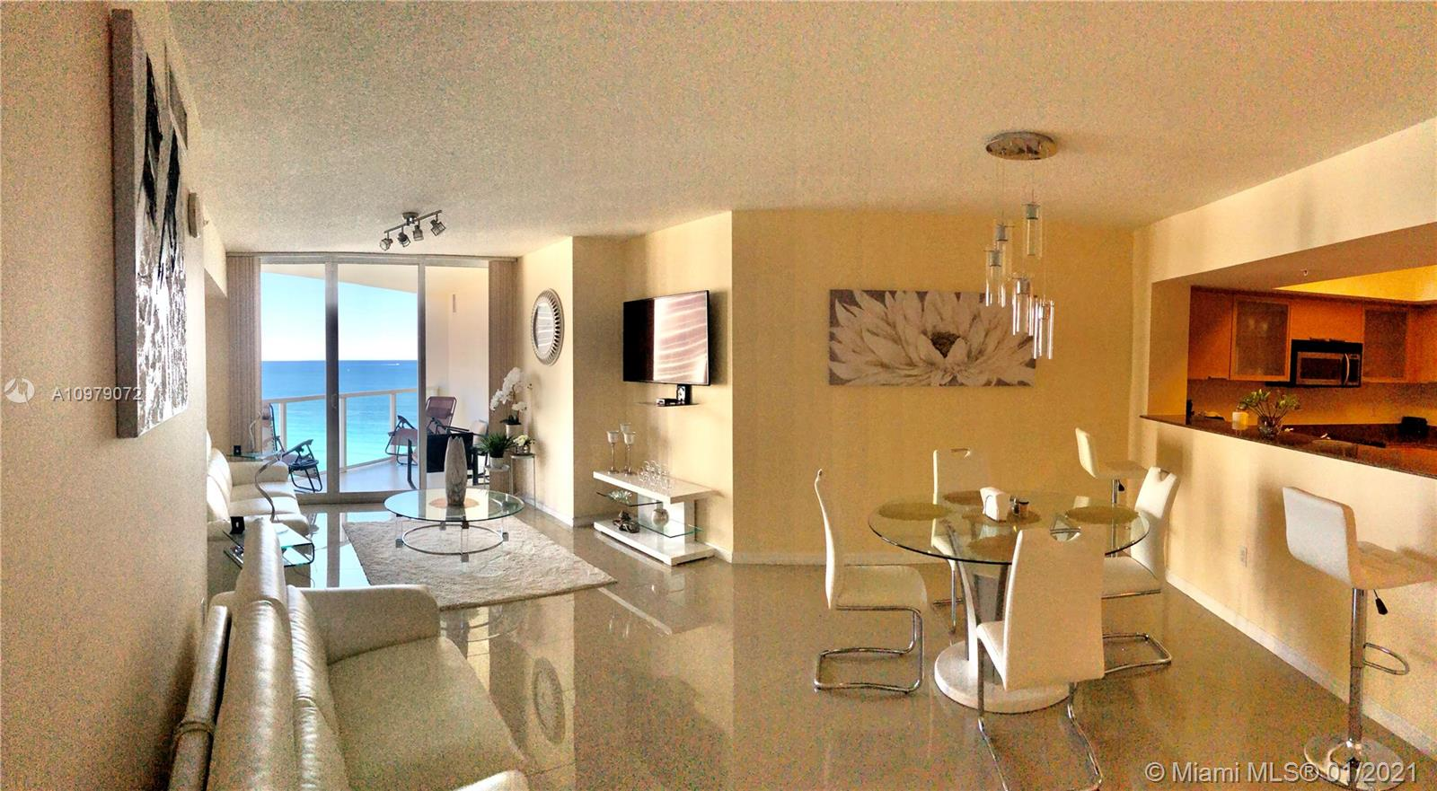 16699 Collins Ave #1705 photo02
