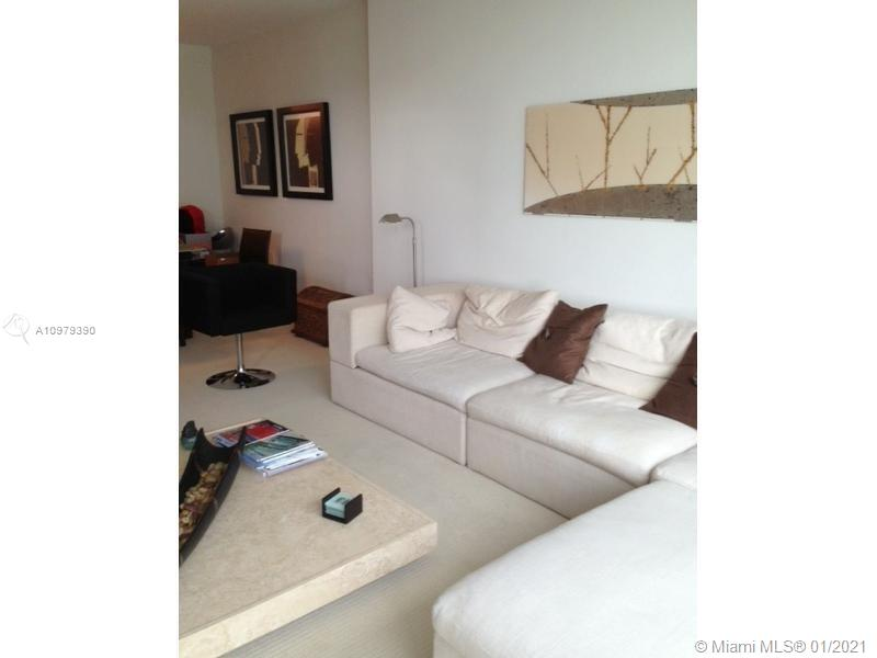 10275 Collins Ave #614 photo07