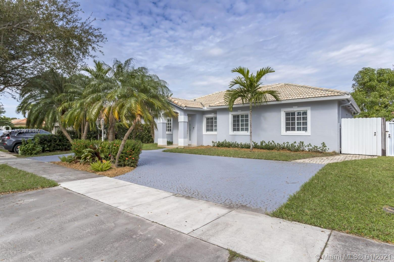 Miami Lakes - 9025 NW 164th St, Miami Lakes, FL 33018