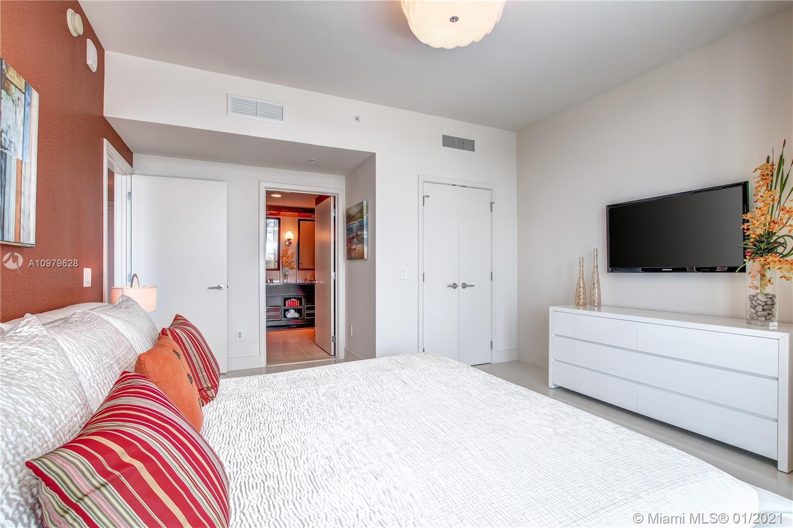 6899 Collins Ave #1203 photo032