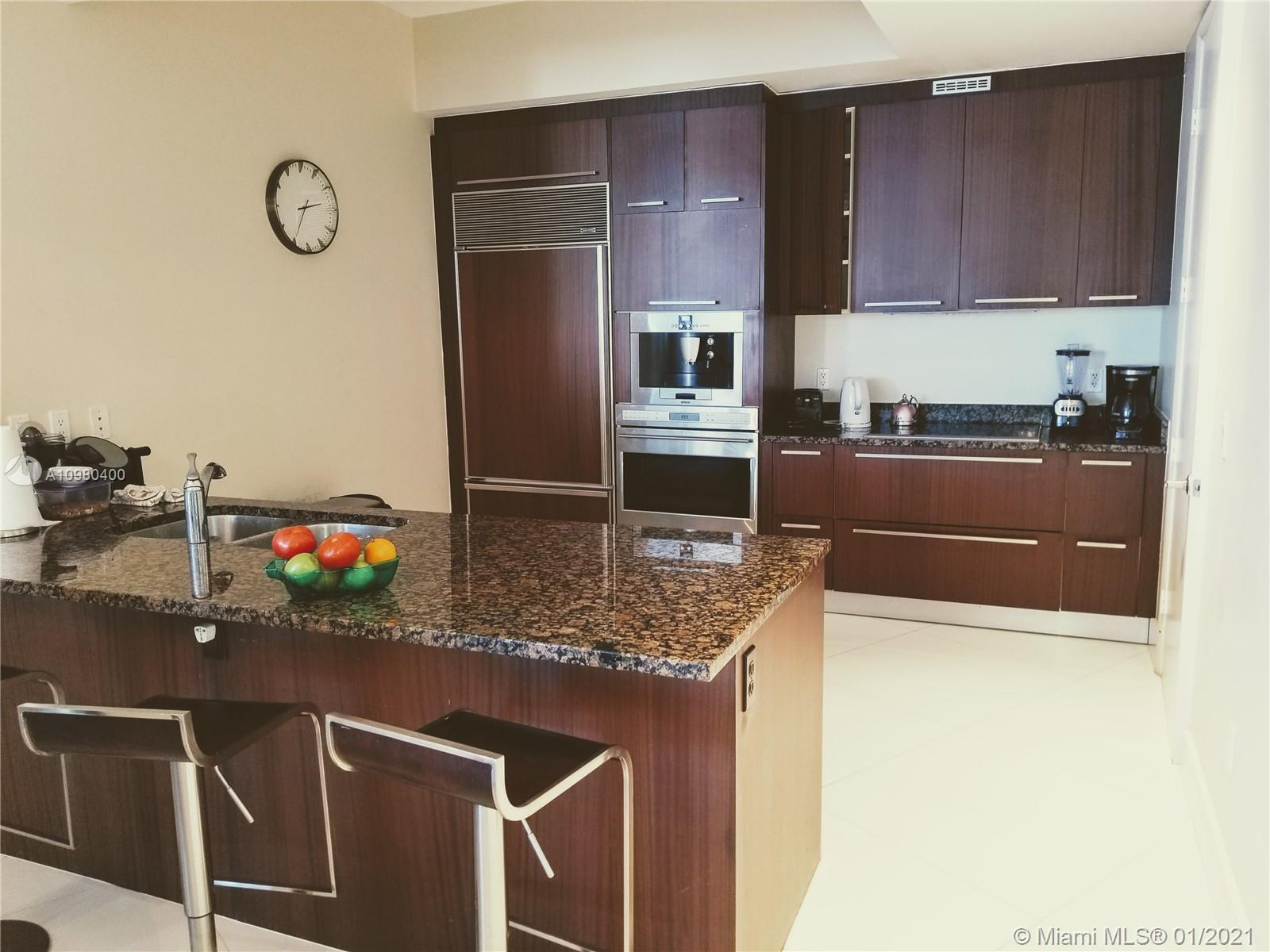15811 Collins Ave #903 photo06