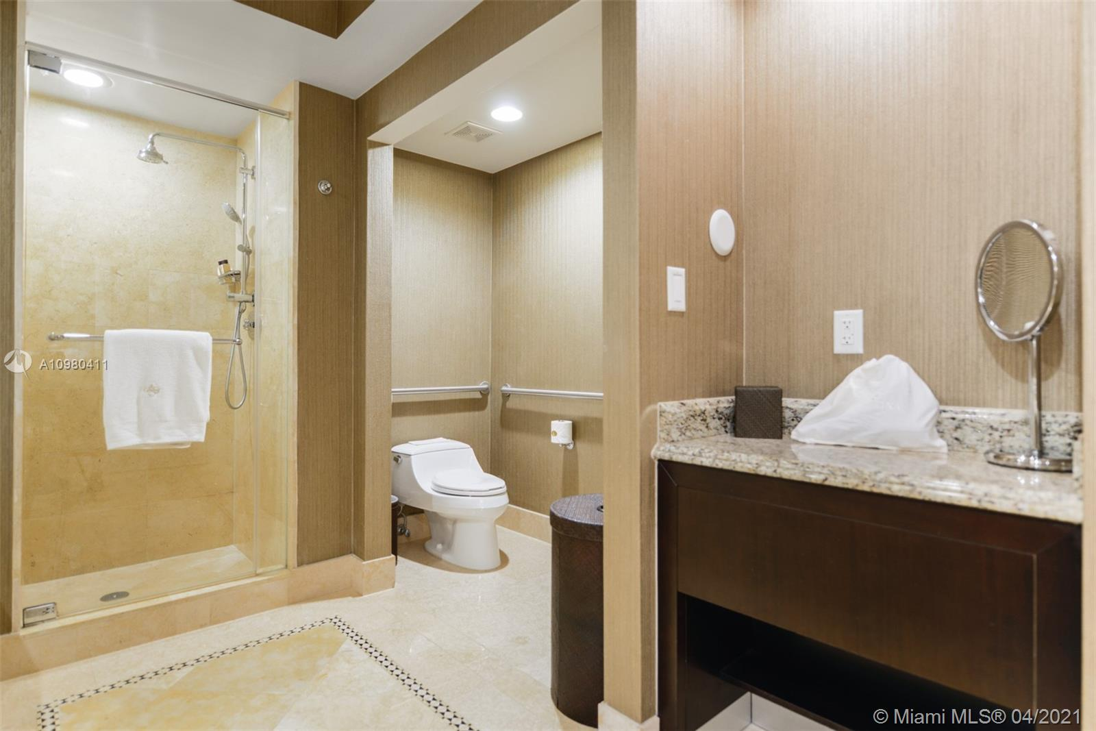 17875 Collins Ave #2110 photo015