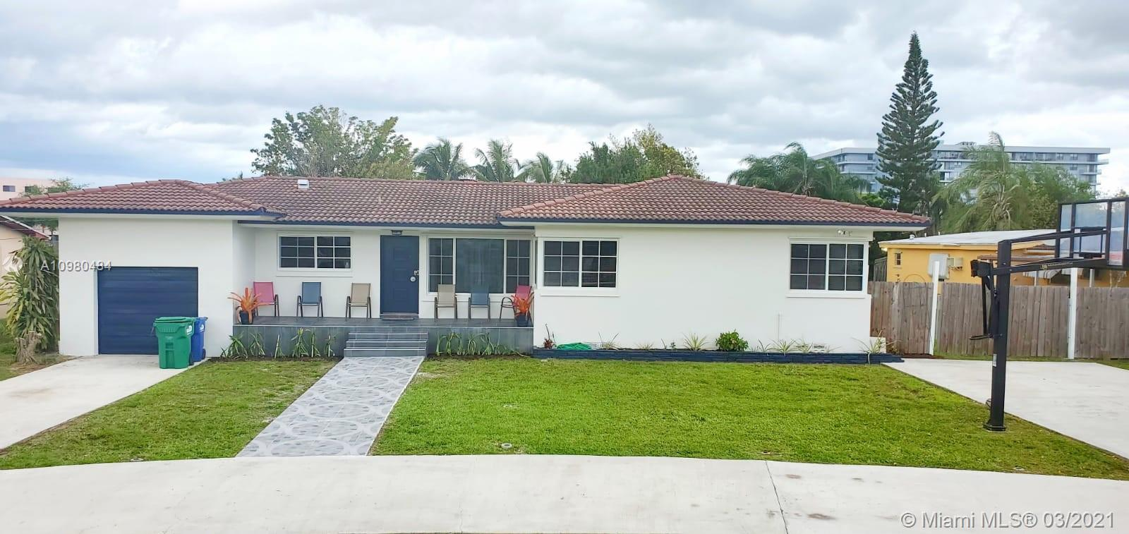 851 S Biscayne River Dr photo02