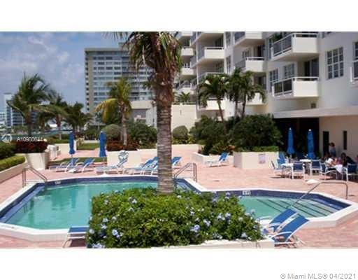 5700 Collins Ave #4H photo06