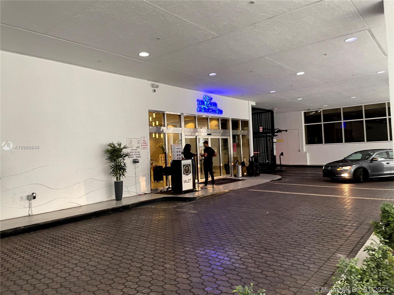 Club at Brickell #3207 - 09 - photo