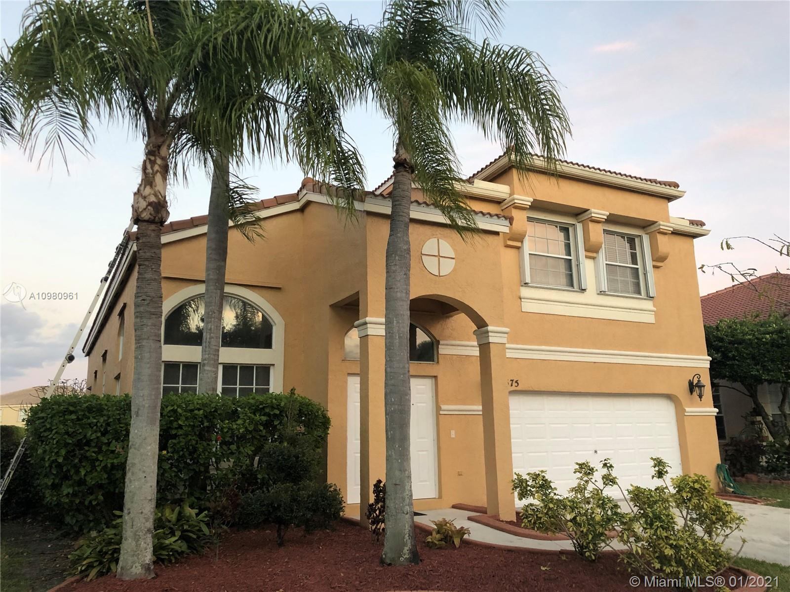 Towngate - 1575 NW 159th Ave, Pembroke Pines, FL 33028