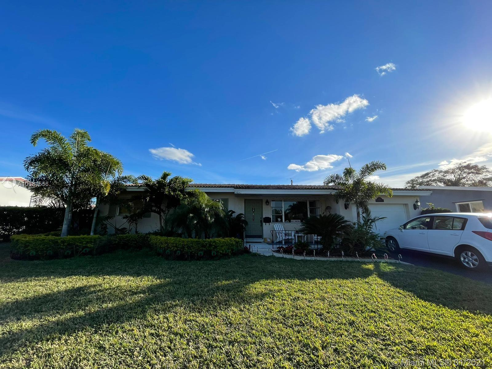 Hollywood Hills - 4110 Mckinley St, Hollywood, FL 33021