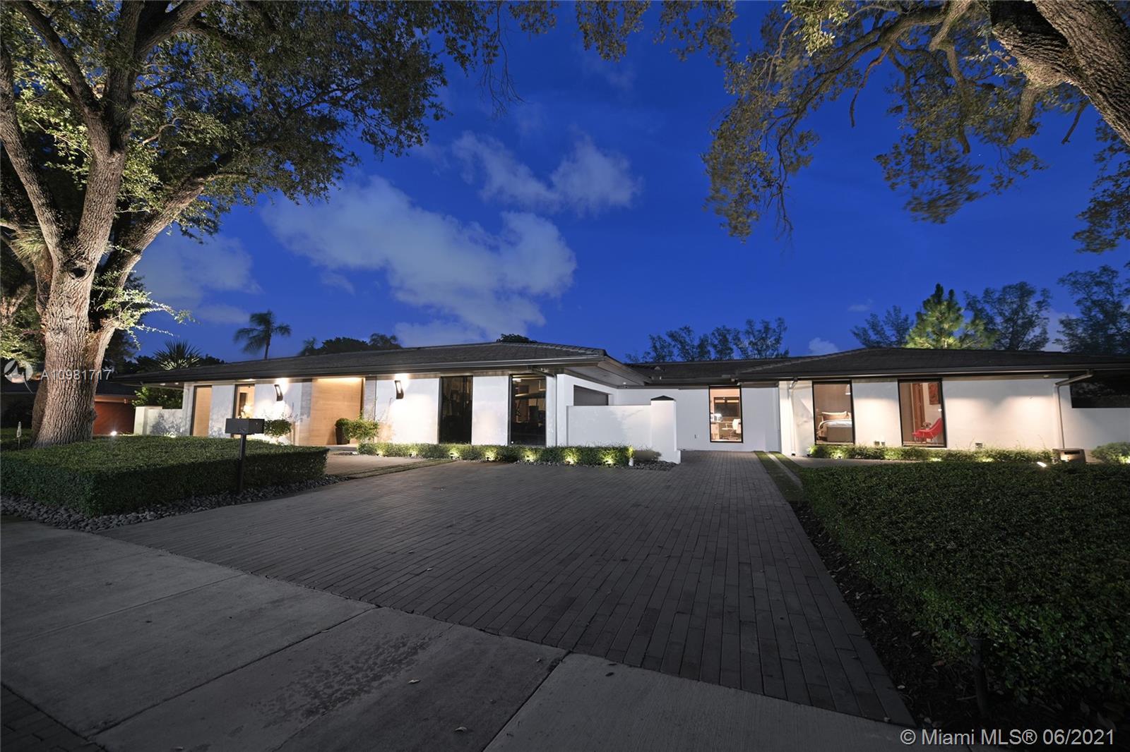 Photo - 16111 Aberdeen Way, Miami Lakes FL 33014