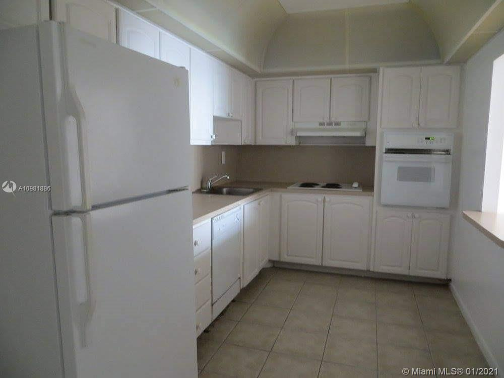 19390 Collins Ave #1117 photo04