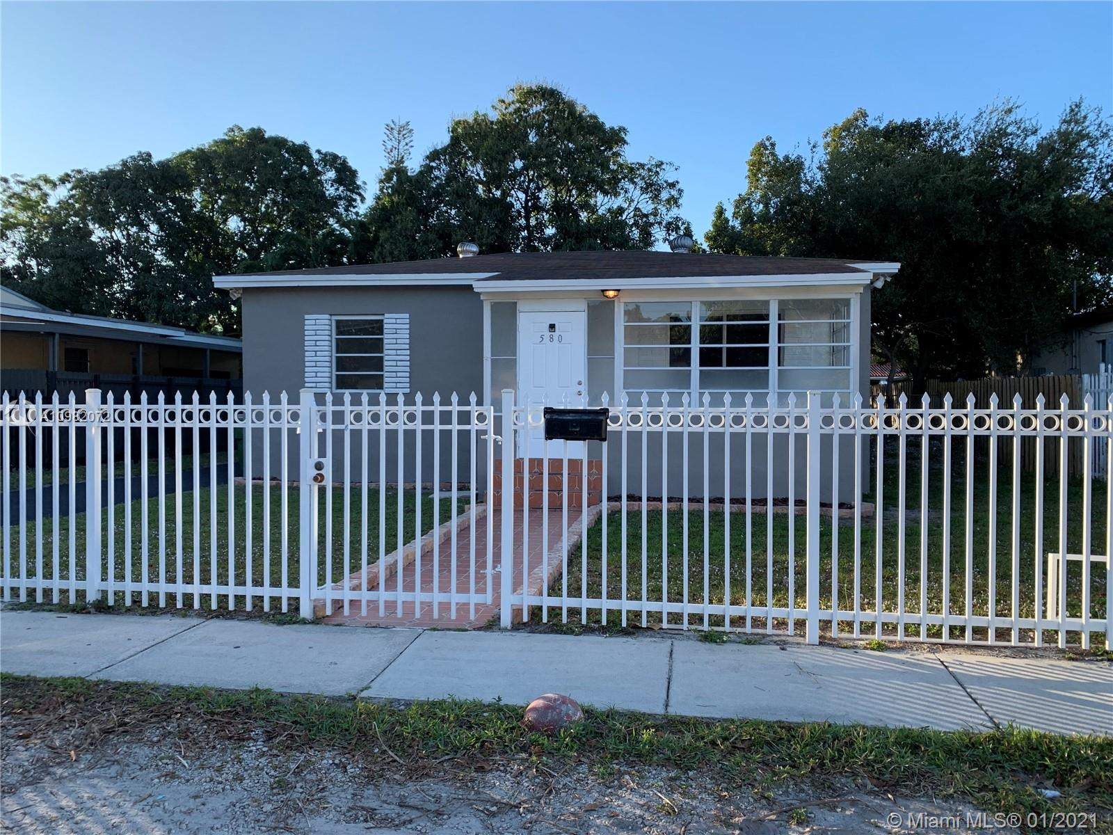 580 NW 133rd St, North Miami, Florida 33168, 2 Bedrooms Bedrooms, ,1 BathroomBathrooms,Residential,For Sale,580 NW 133rd St,A10982072