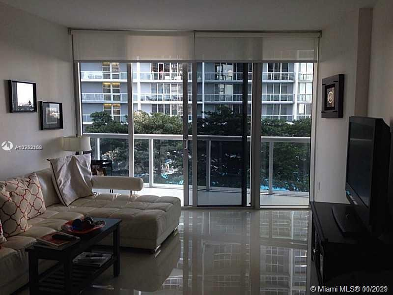 495 Brickell Ave #1606 photo019