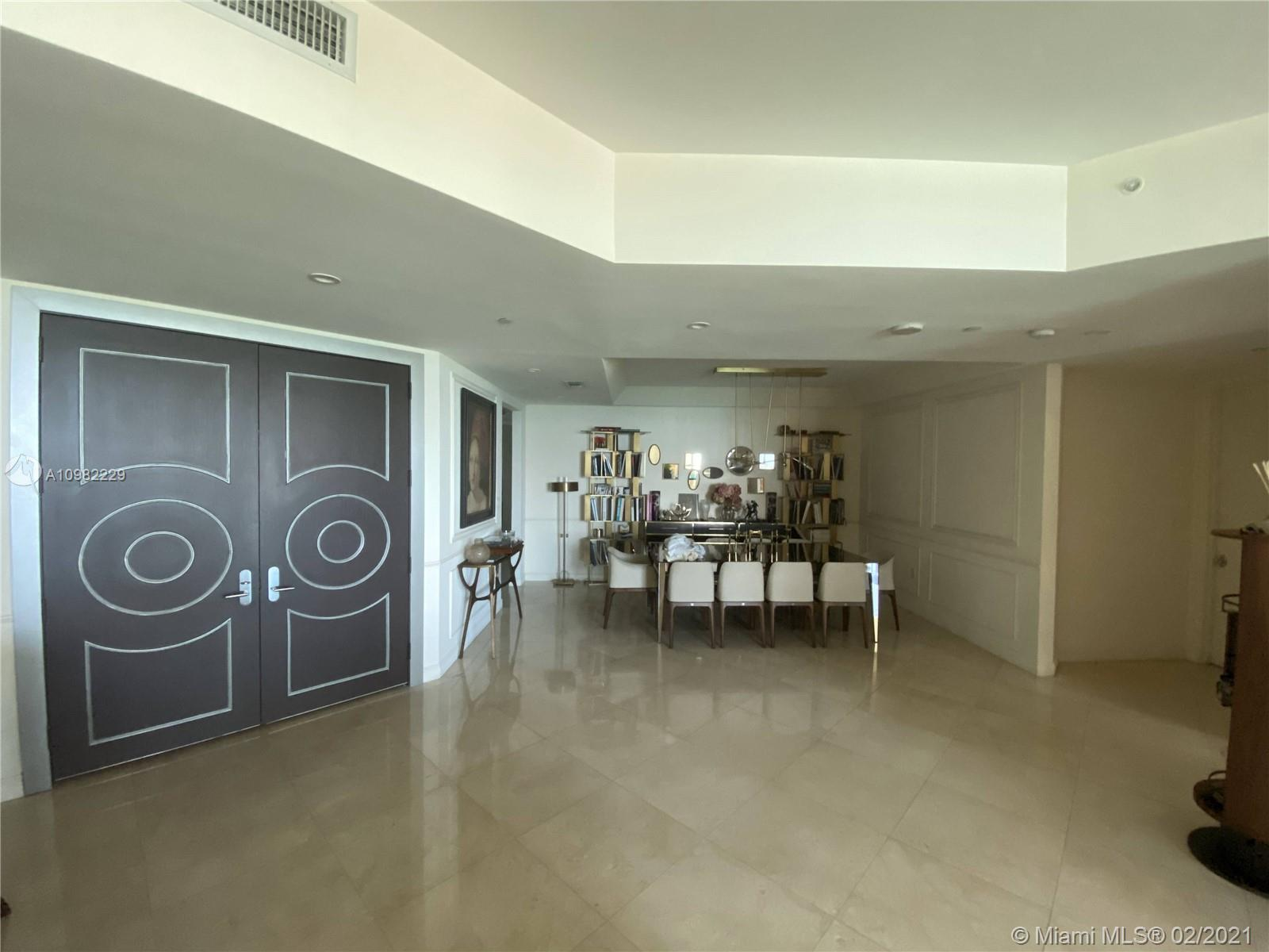 16047 Collins Ave #501 photo06