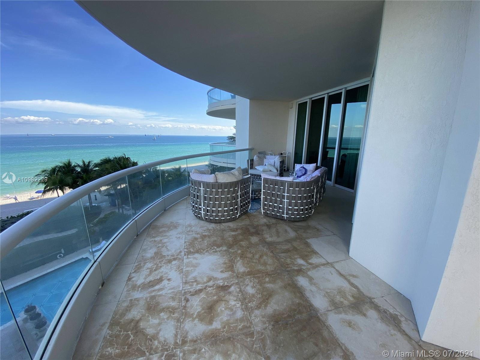 16047 Collins Ave #501 photo022