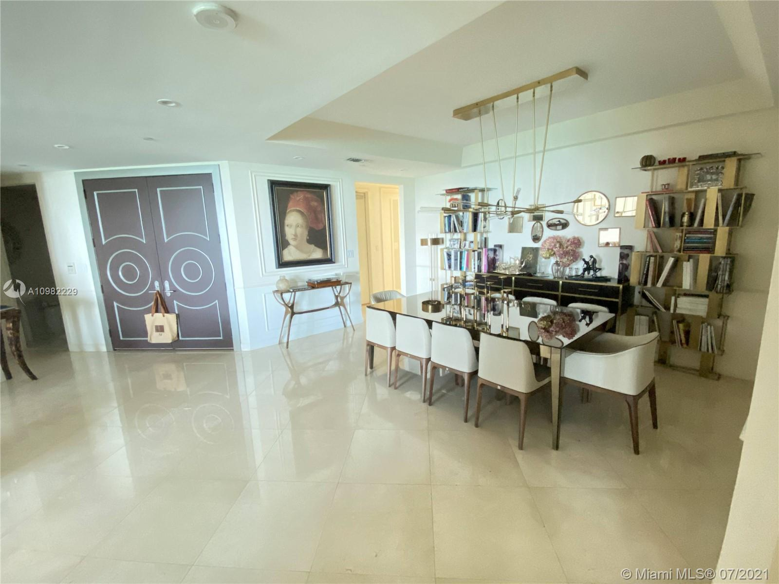 16047 Collins Ave #501 photo09