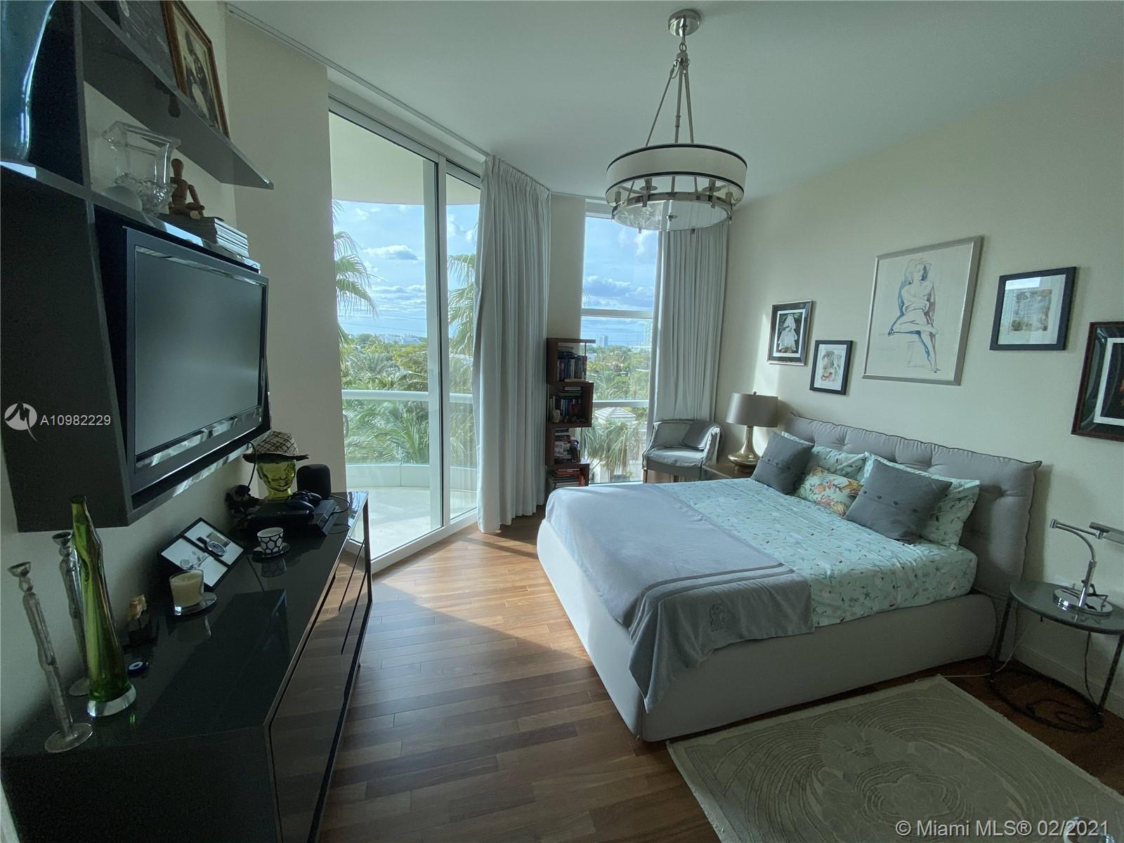16047 Collins Ave #501 photo030