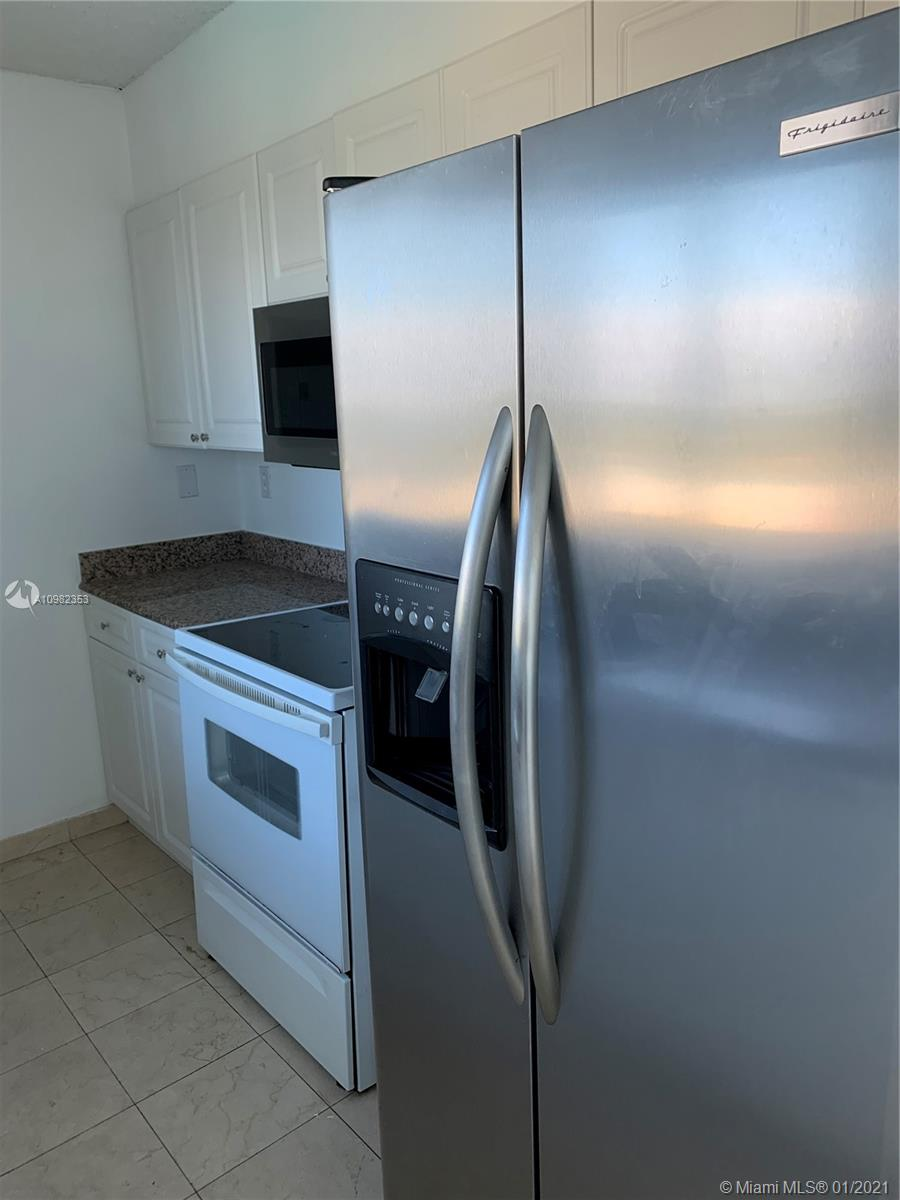 5900 Collins Ave #1503 photo015
