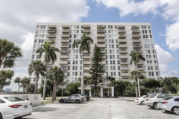 880 NE 69th St # 8M, Miami, Florida 33138, 2 Bedrooms Bedrooms, ,2 BathroomsBathrooms,Residential,For Sale,880 NE 69th St # 8M,A10982524