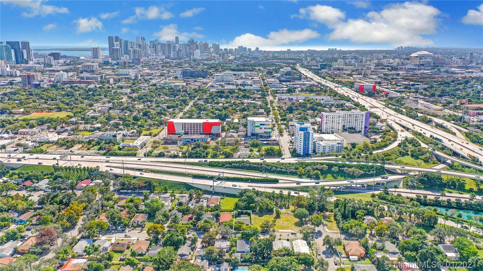 410 NW 40th St, Miami, Florida 33127, 2 Bedrooms Bedrooms, 1 Room Rooms,1 BathroomBathrooms,Residential,For Sale,410 NW 40th St,A10982641
