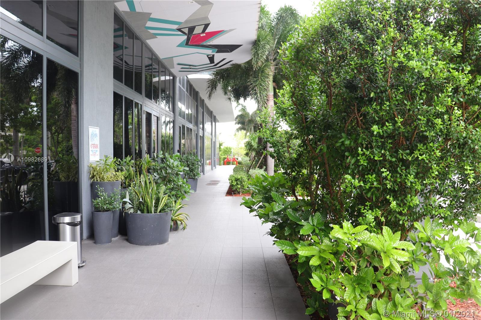 121 NE 34th St # 1209, Miami, Florida 33137, 2 Bedrooms Bedrooms, ,2 BathroomsBathrooms,Residential Lease,For Rent,121 NE 34th St # 1209,A10982689