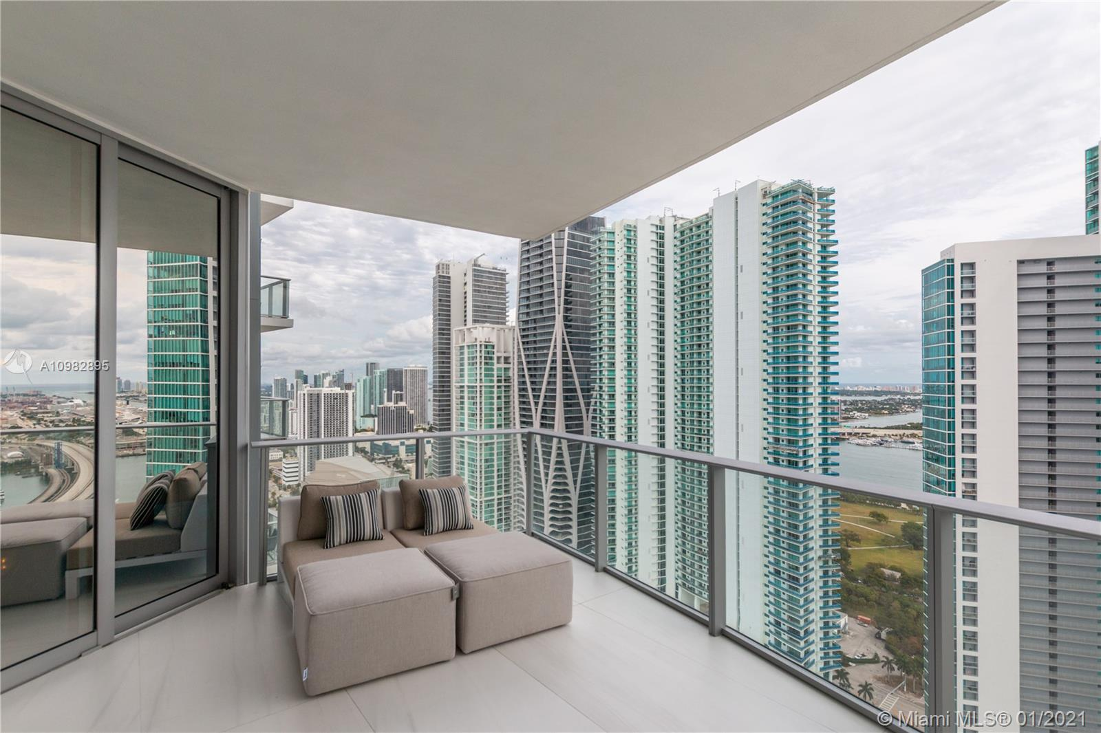 Paramount Miami Worldcenter #3805 photo38