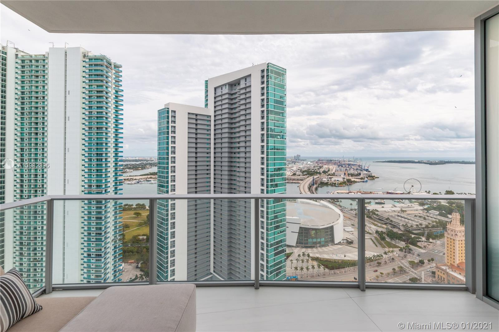 Paramount Miami Worldcenter #3805 photo40