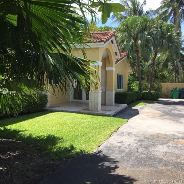 Tropical Isle Homes # - 05 - photo