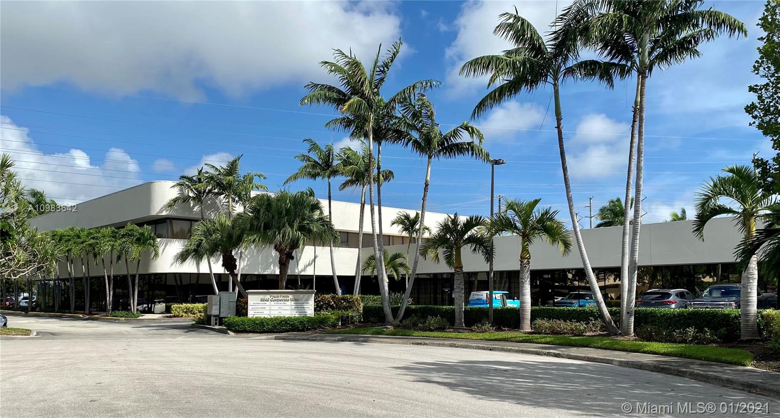 5840 Corporate Way # 106B, West Palm Beach, Florida 33407, ,Commercial Sale,For Sale,5840 Corporate Way # 106B,A10983642
