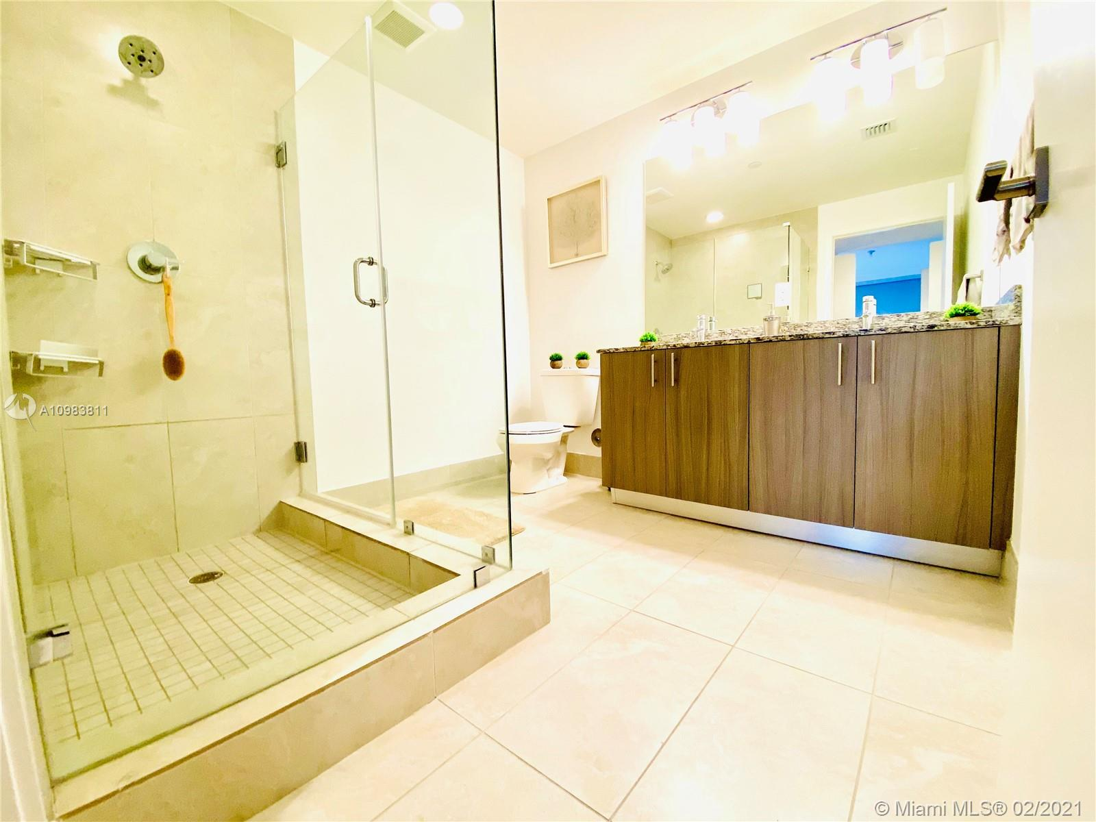 5350 NW 84th Ave #305 photo06