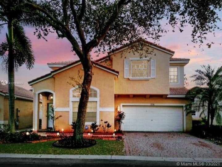 Walnut Creek - 7516 NW 18th Dr, Pembroke Pines, FL 33024