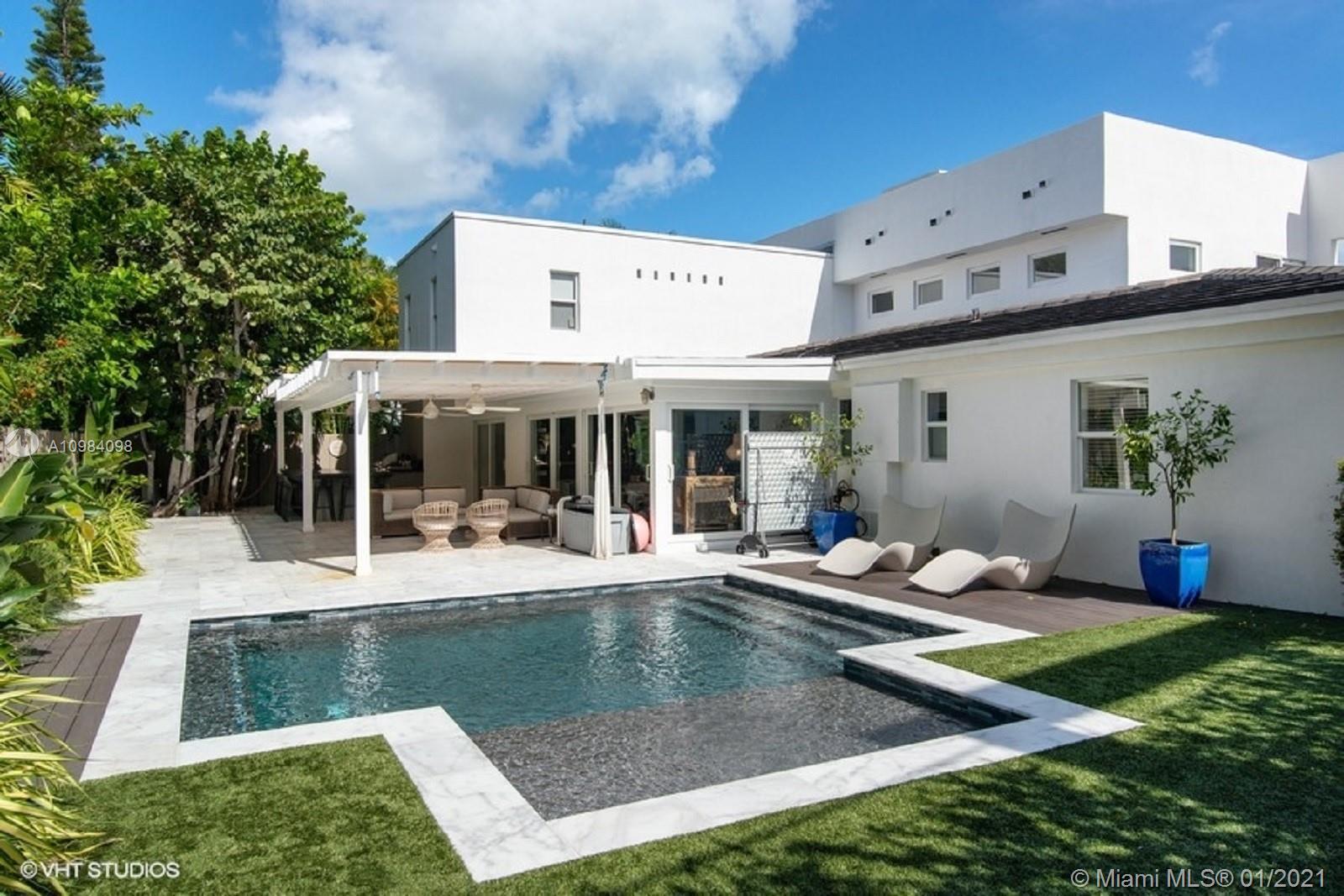 Tropical Isle Homes # photo24