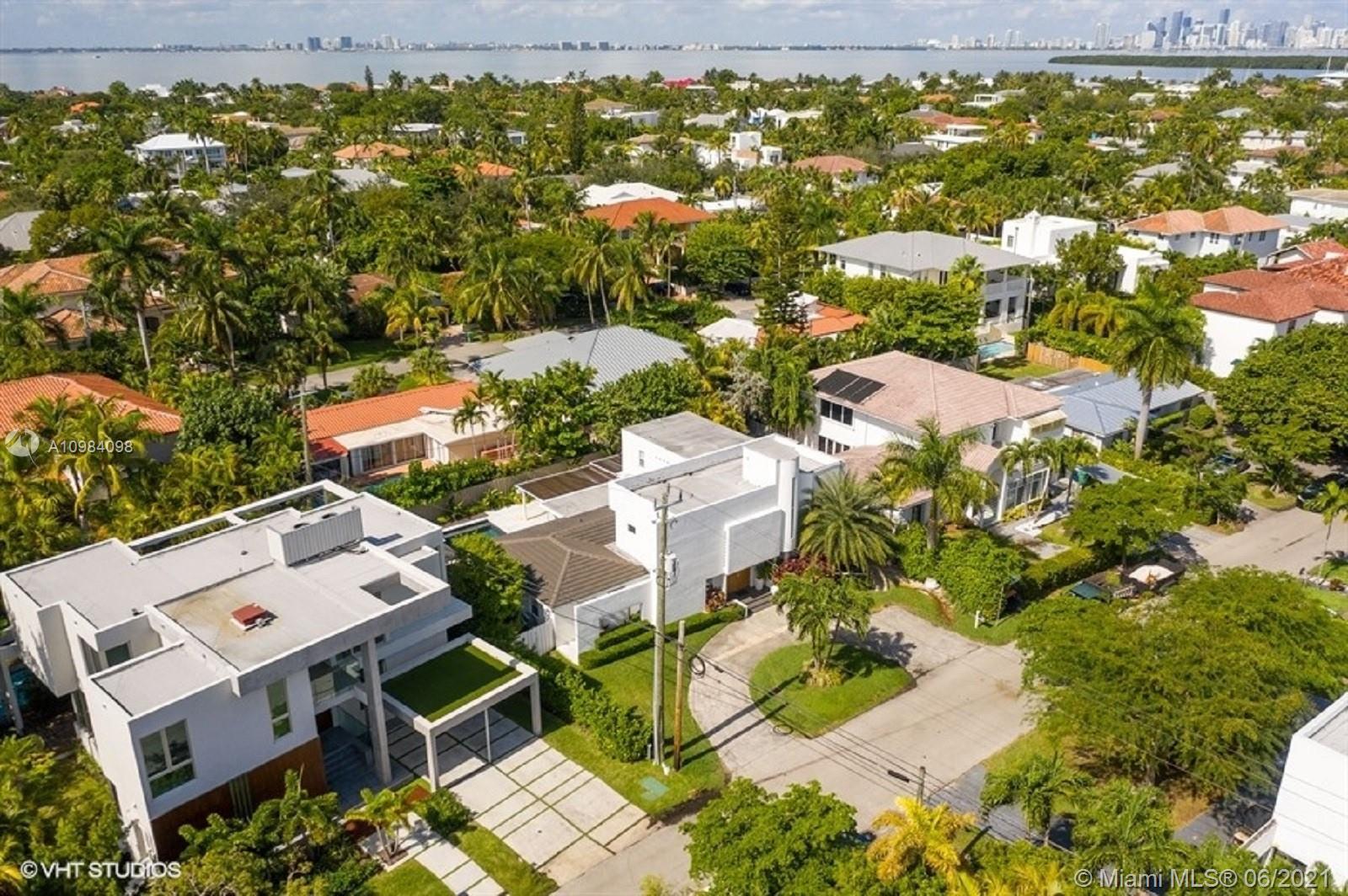 Tropical Isle Homes # photo34