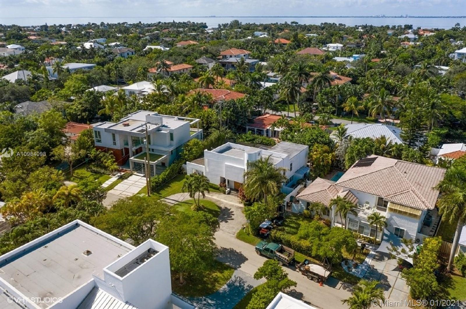Tropical Isle Homes # photo35