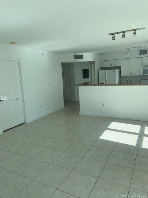 1155 Brickell Bay Dr #1201 photo04