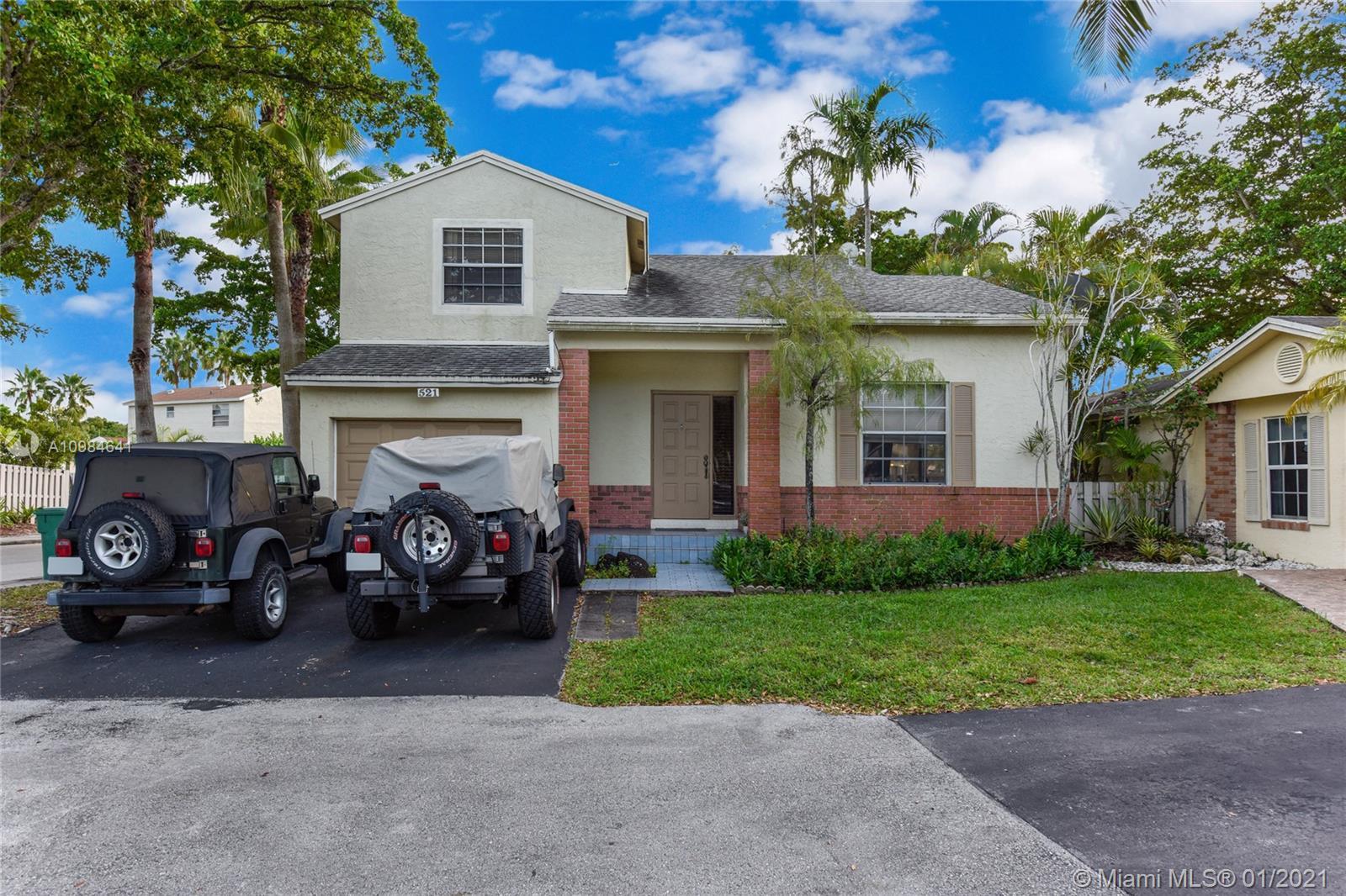 521 Danville Ter, Davie, Florida 33325, 3 Bedrooms Bedrooms, ,3 BathroomsBathrooms,Residential,For Sale,521 Danville Ter,A10984641