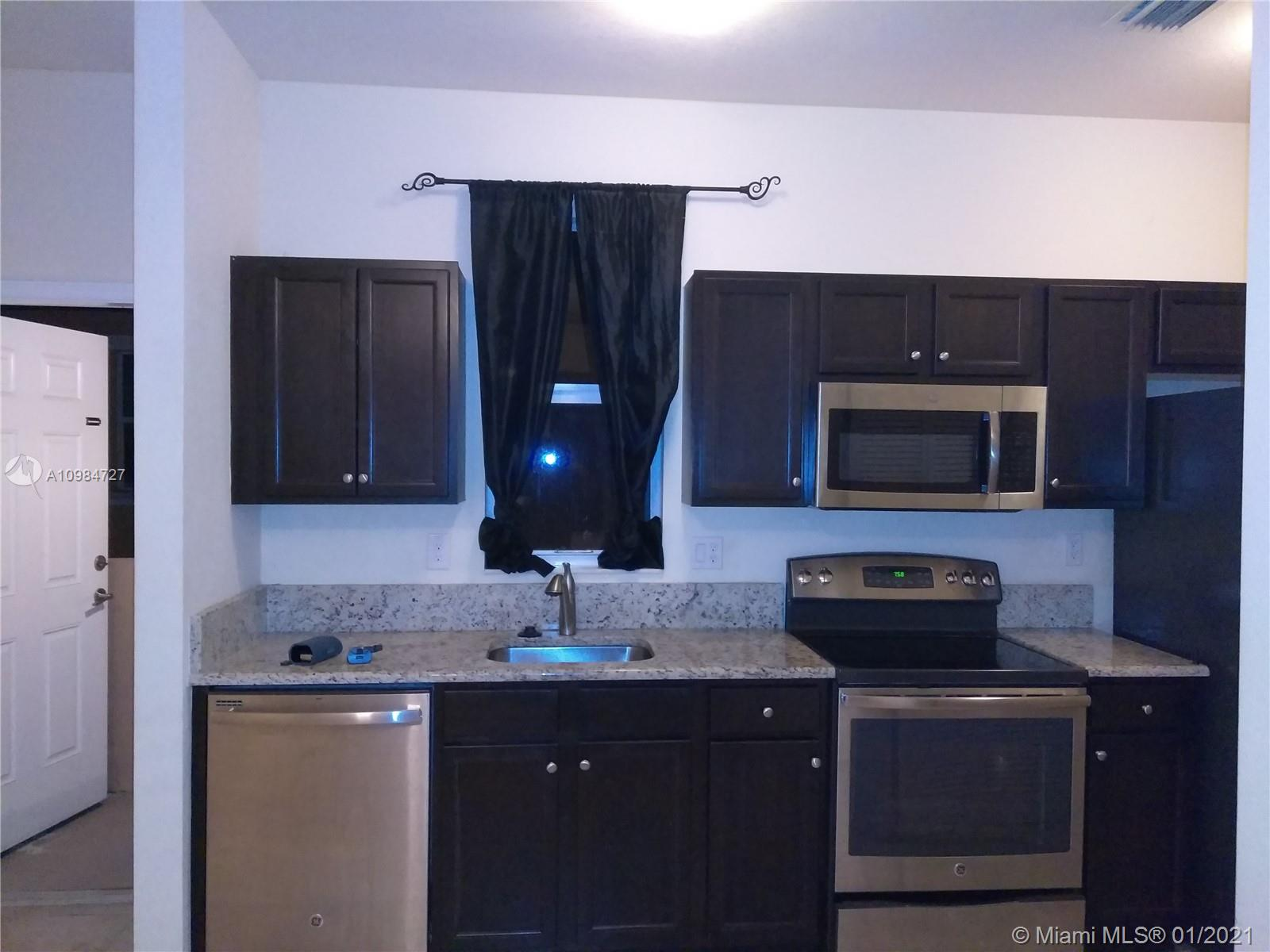 9505 SW 171st Path # 2, Miami, Florida 33196, 1 Bedroom Bedrooms, ,1 BathroomBathrooms,Residential Lease,For Rent,9505 SW 171st Path # 2,A10984727