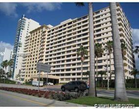 Carriage Club North Tower #218 - 5005 Collins Ave #218, Miami Beach, FL 33140