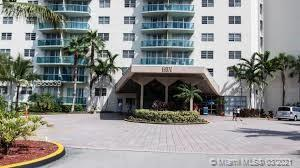 19390 Collins Ave #511 photo020