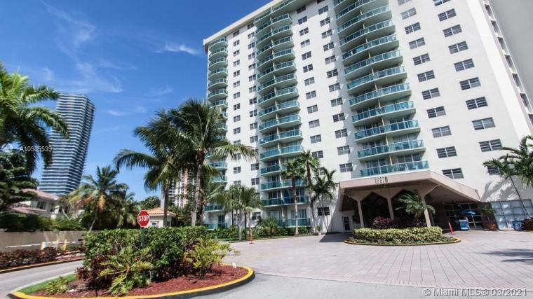 19390 Collins Ave #511 photo021
