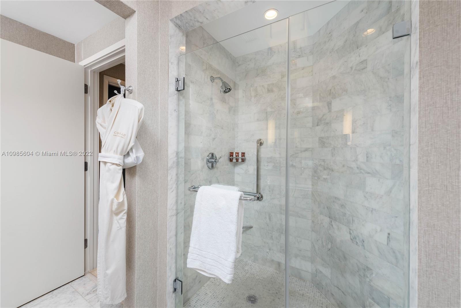 Ocean Resort Residences #1214 photo11