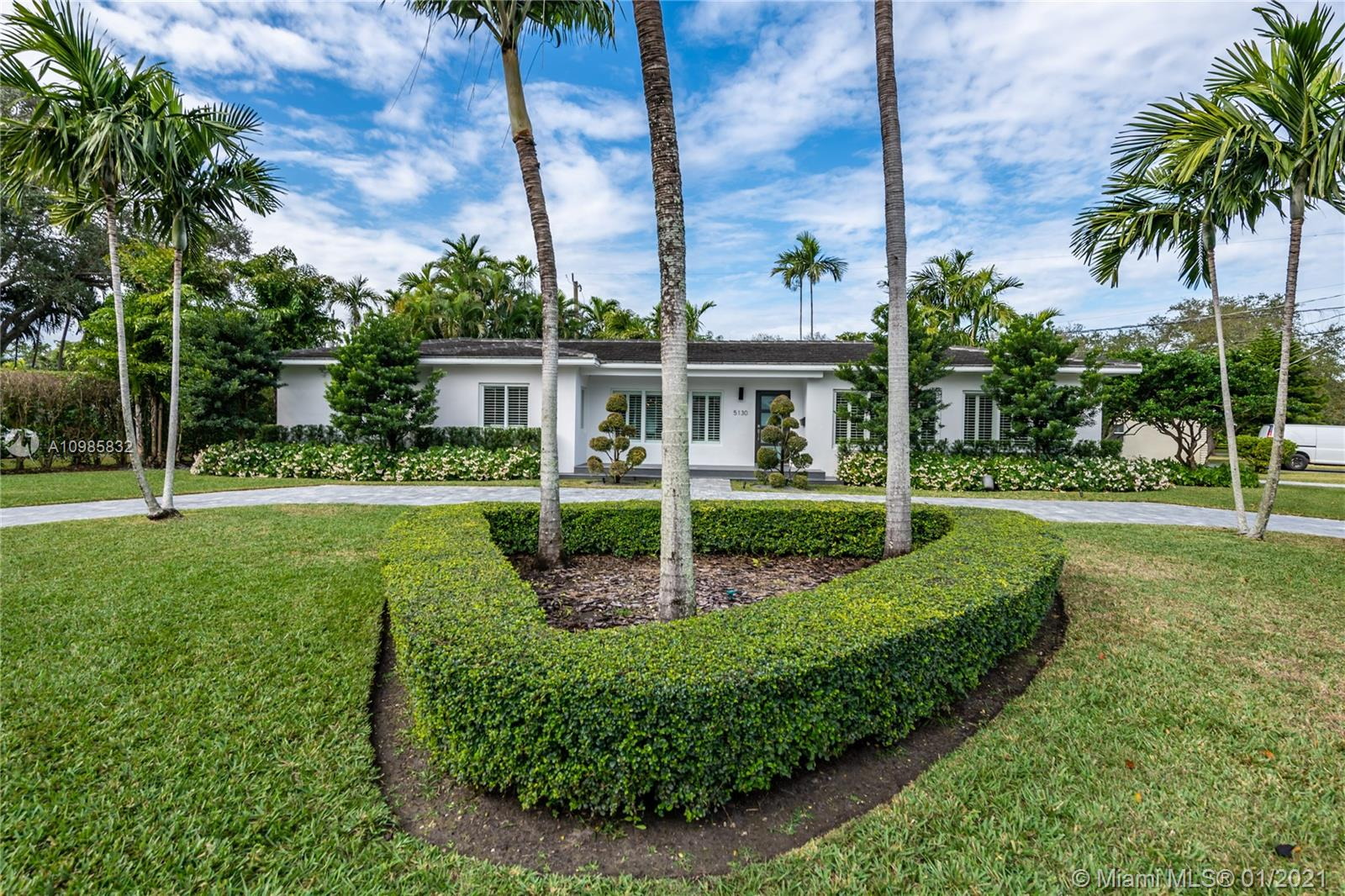 5130 Donatello St, Coral Gables, Florida 33146, 3 Bedrooms Bedrooms, ,2 BathroomsBathrooms,Residential,For Sale,5130 Donatello St,A10985832