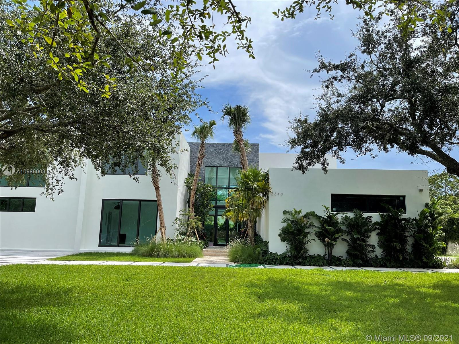 5840 Moss Ranch Road, Pinecrest, Florida 33156, 6 Bedrooms Bedrooms, ,7 BathroomsBathrooms,Residential,For Sale,5840 Moss Ranch Road,A10986003