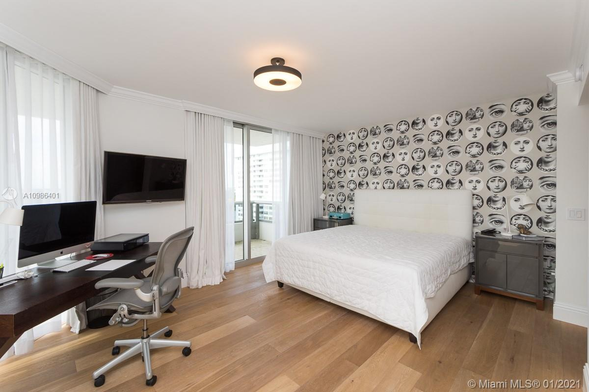 5801 Collins Ave #1000 photo022