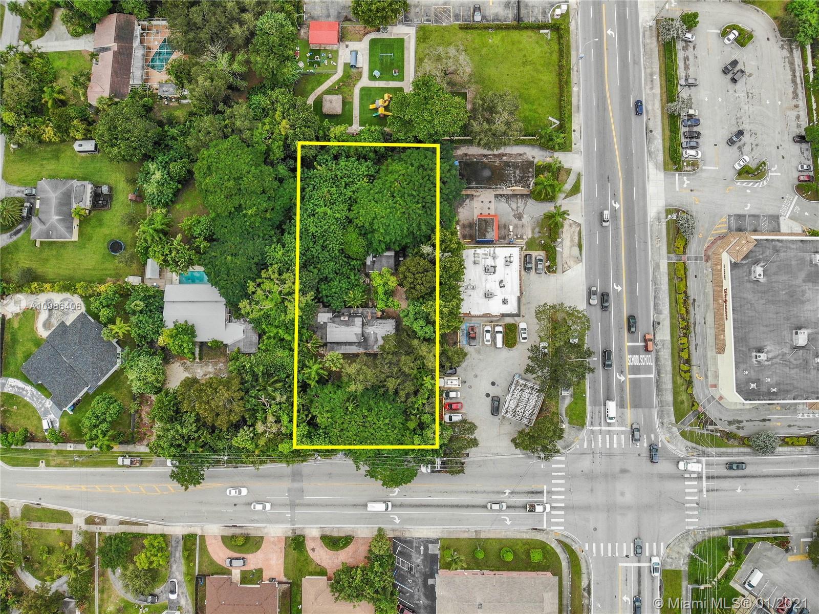 South Miami - 5620 SW 67th Ave, South Miami, FL 33143