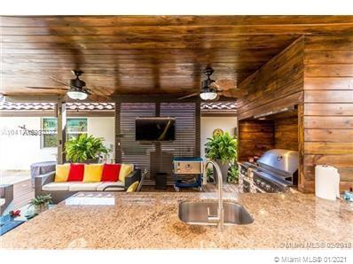 11451 SW 104th St, Miami, Florida 33176, 4 Bedrooms Bedrooms, ,5 BathroomsBathrooms,Residential,For Sale,11451 SW 104th St,A10987027
