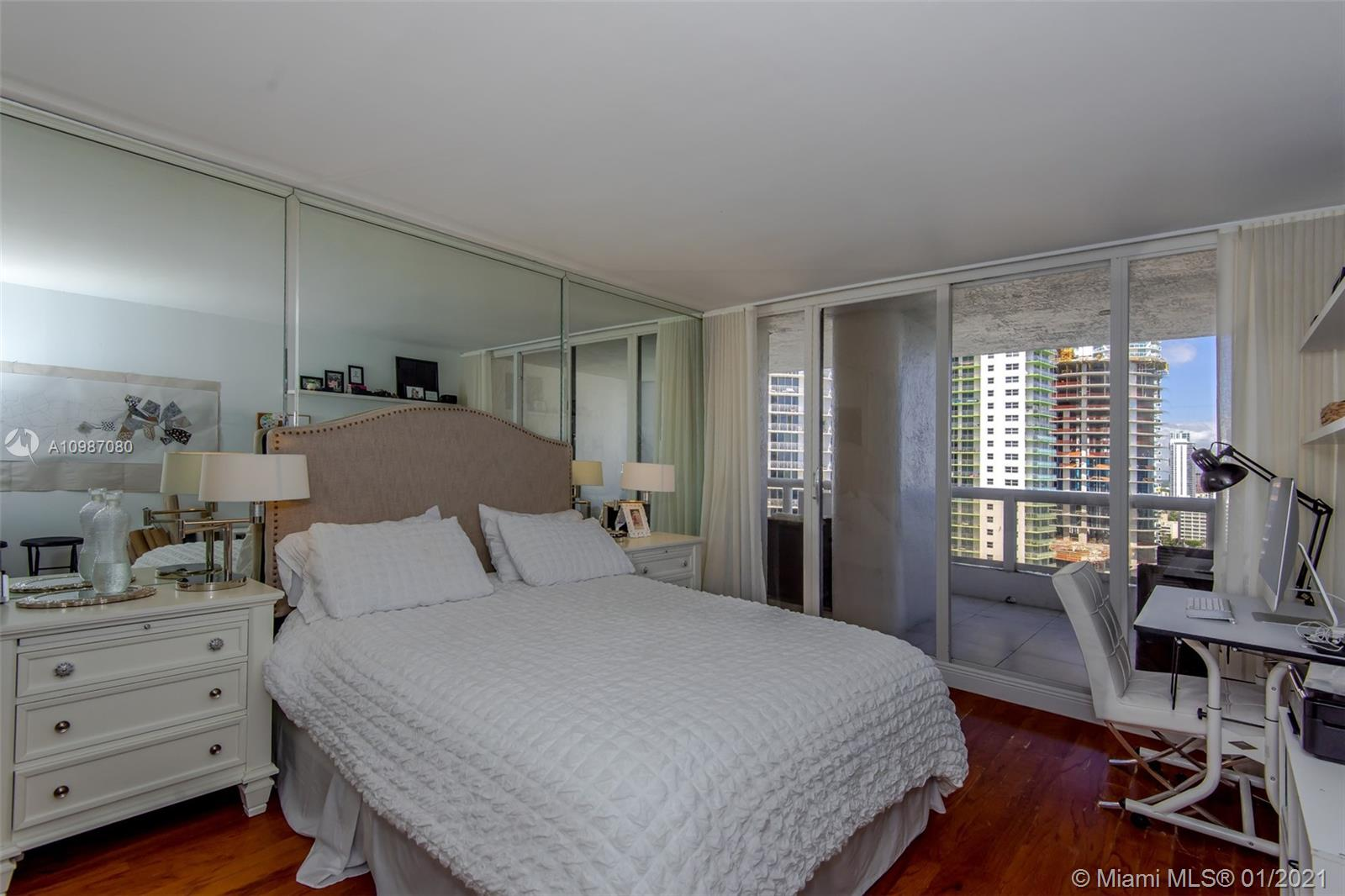 1717 N Bayshore Dr # 2447, Miami, Florida 33132, 3 Bedrooms Bedrooms, ,3 BathroomsBathrooms,Residential,For Sale,1717 N Bayshore Dr # 2447,A10987080