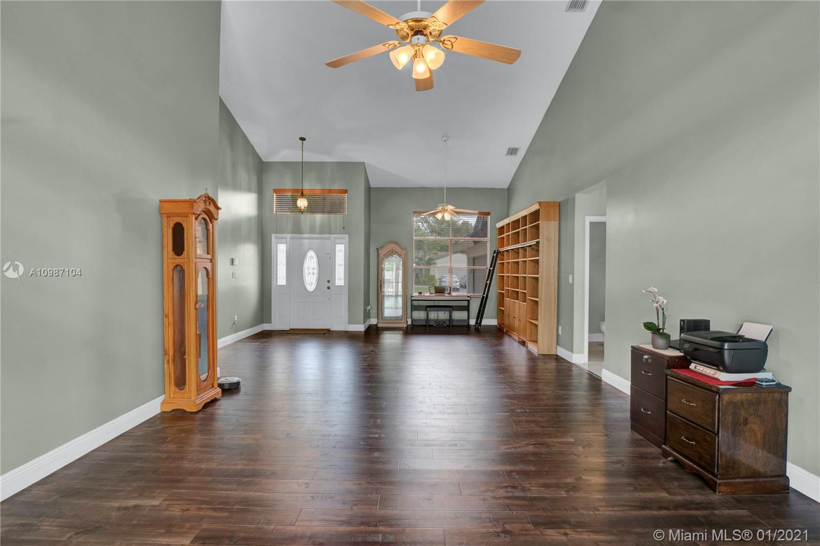 16090 SW 84th Pl, Palmetto Bay, Florida 33157, 4 Bedrooms Bedrooms, ,3 BathroomsBathrooms,Residential,For Sale,16090 SW 84th Pl,A10987104