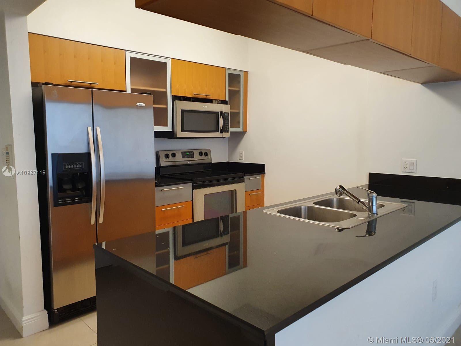 1750 N Bayshore Dr # 3704, Miami, Florida 33132, 1 Bedroom Bedrooms, ,1 BathroomBathrooms,Residential,For Sale,1750 N Bayshore Dr # 3704,A10987119