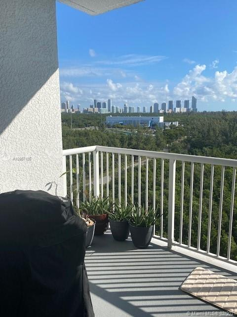 One Fifty One At Biscayne #1002 photo35